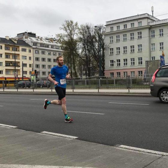 Marcin Niegowski i jego nienaganna technika biegu.